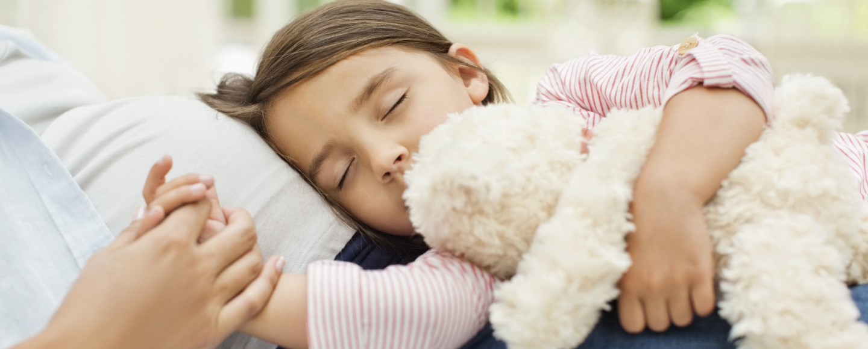 Усыпил мату и, Подлил снотворного русской мамаше и отодрал ее спящую 16 фотография